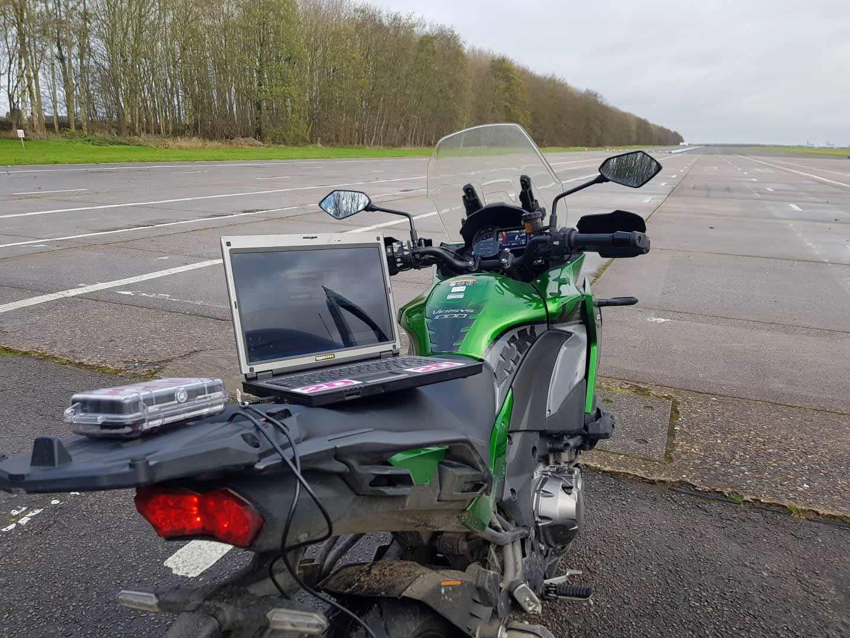 Kawasaki Versys 1000 SE ready for top speed run at Bruntingthorpe