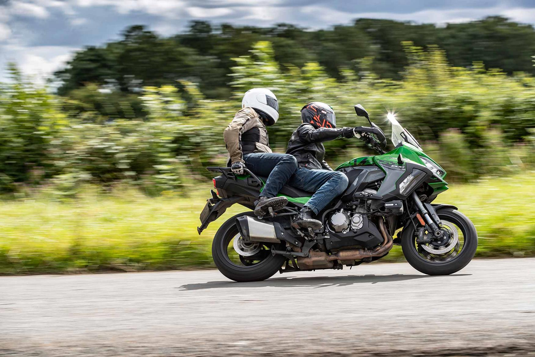 Carrying a pillion on the Kawasaki Versys 1000 SE