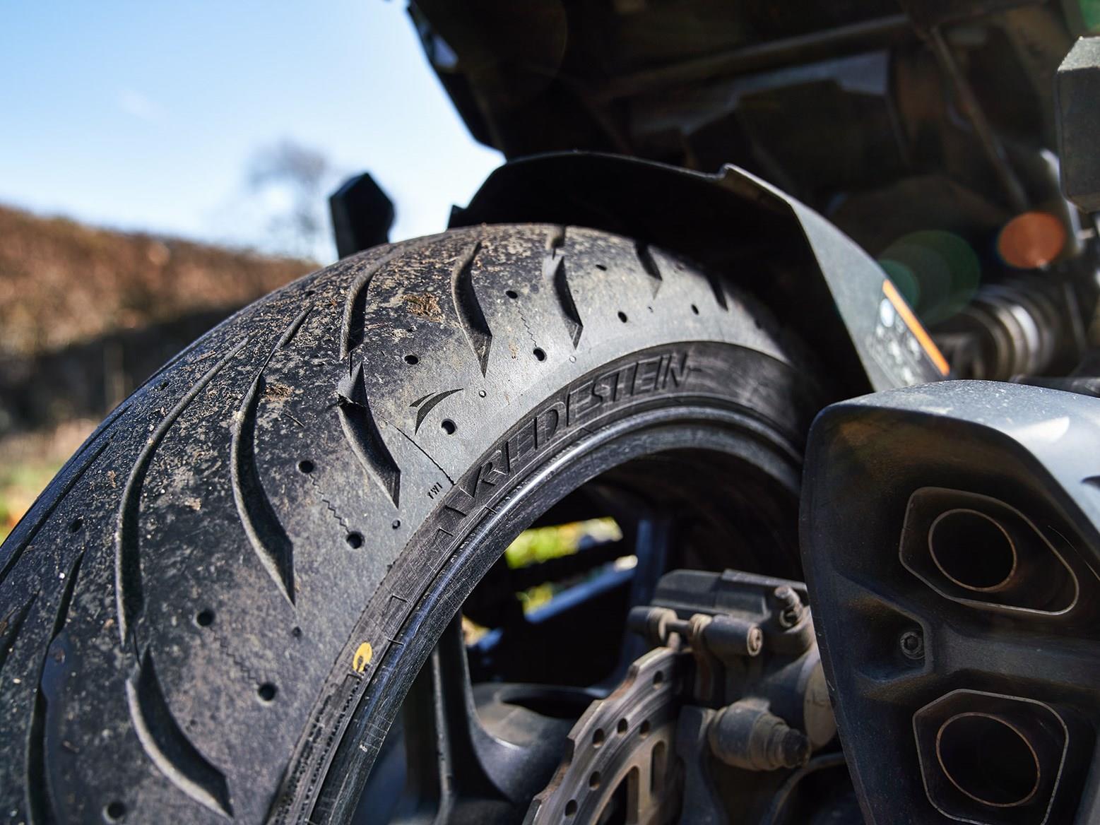 Vredestein Centauro ST tyres