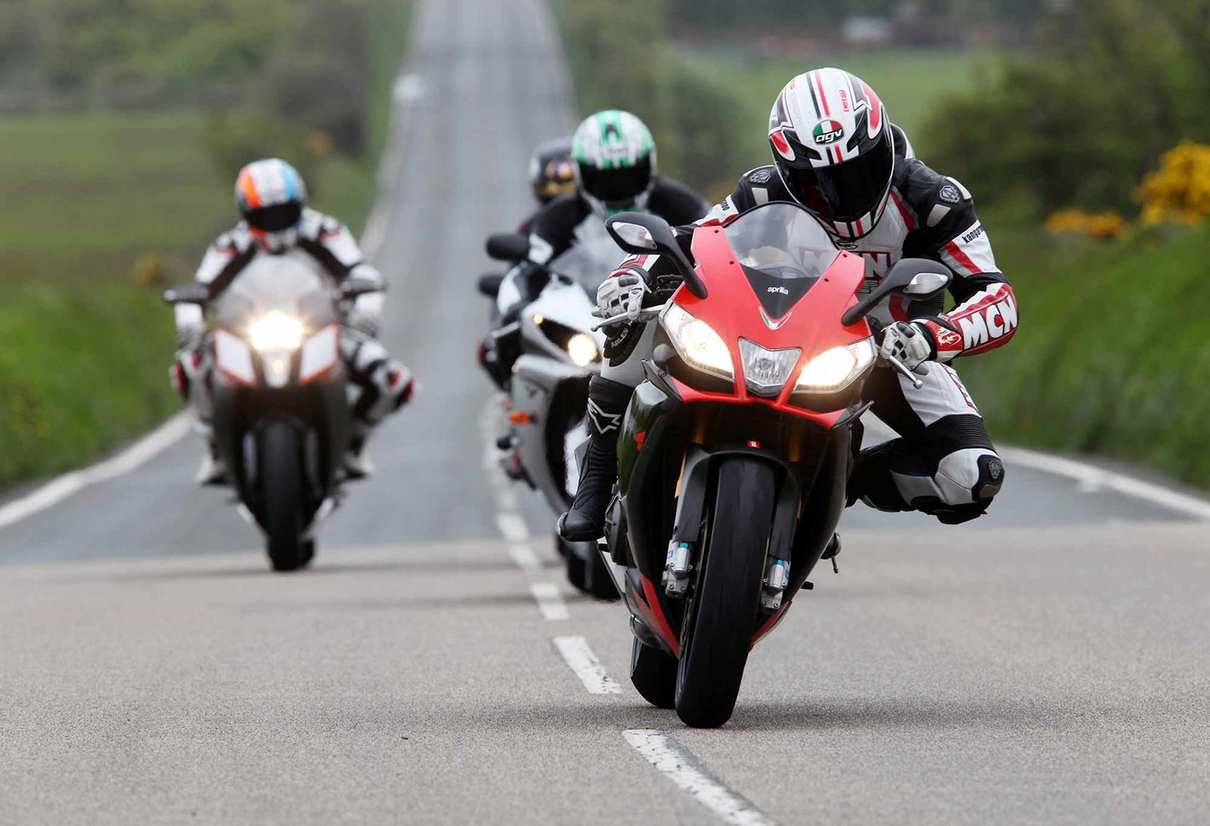 Cornering on the Aprilia RSV4 Factory