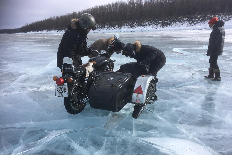 Sliding the sidecar damaged a wheel