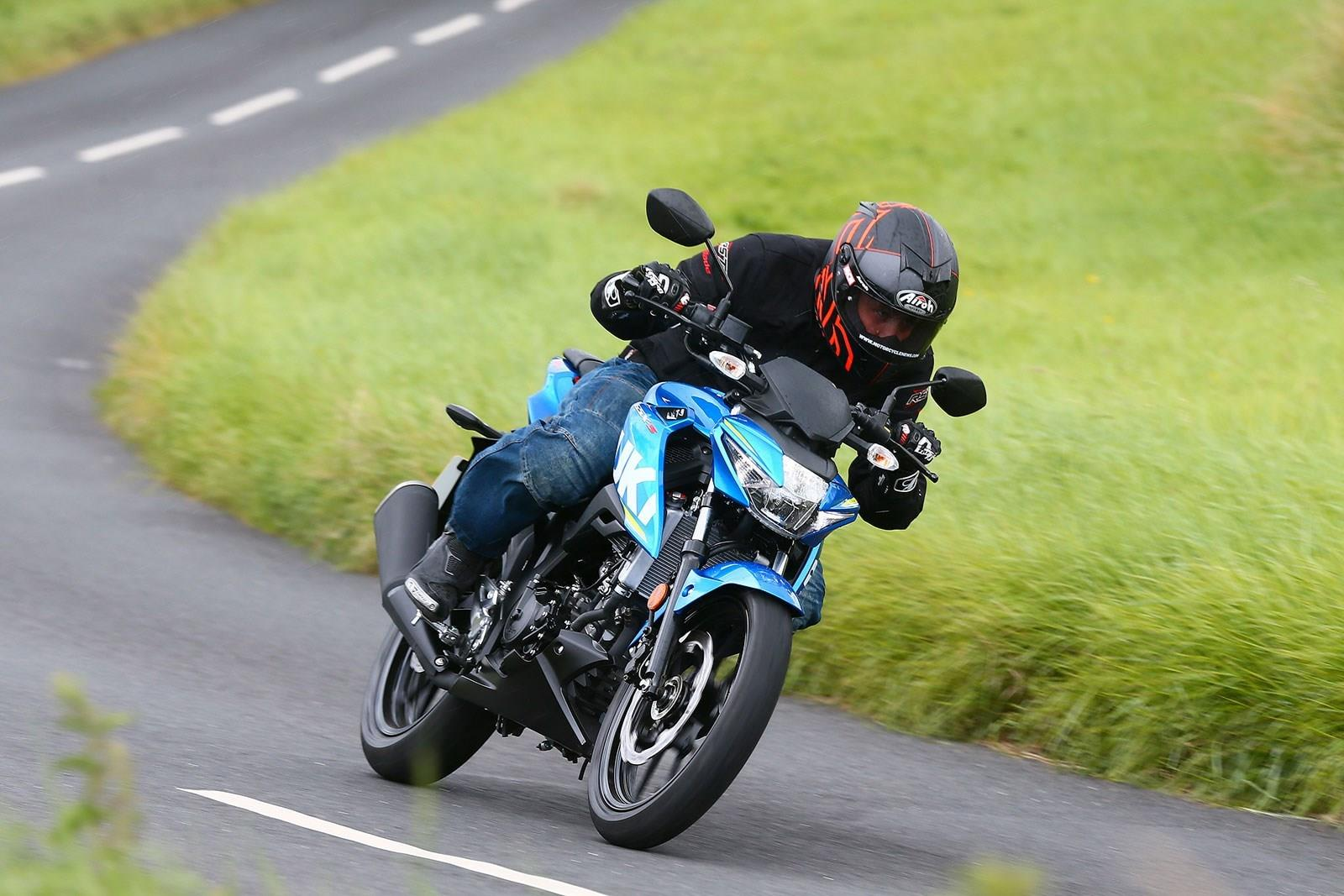 It might be a while until Gareth can ride the Suzuki GSX-S 125 this enthusiastically...