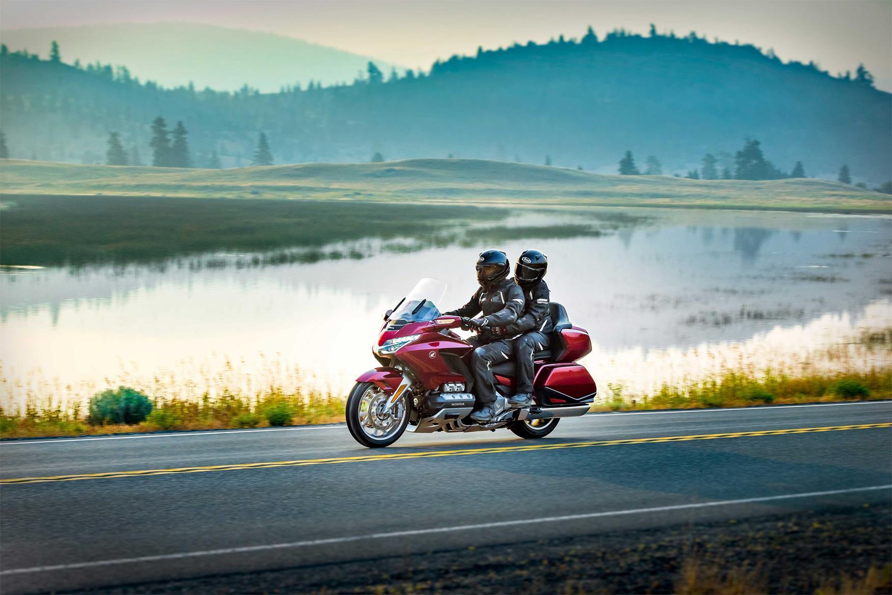 Honda's Gold Wing eats miles for breakfast, lunch and dinner
