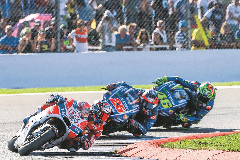 Dovizioso edges 2017 Silverstone MotoGP battle