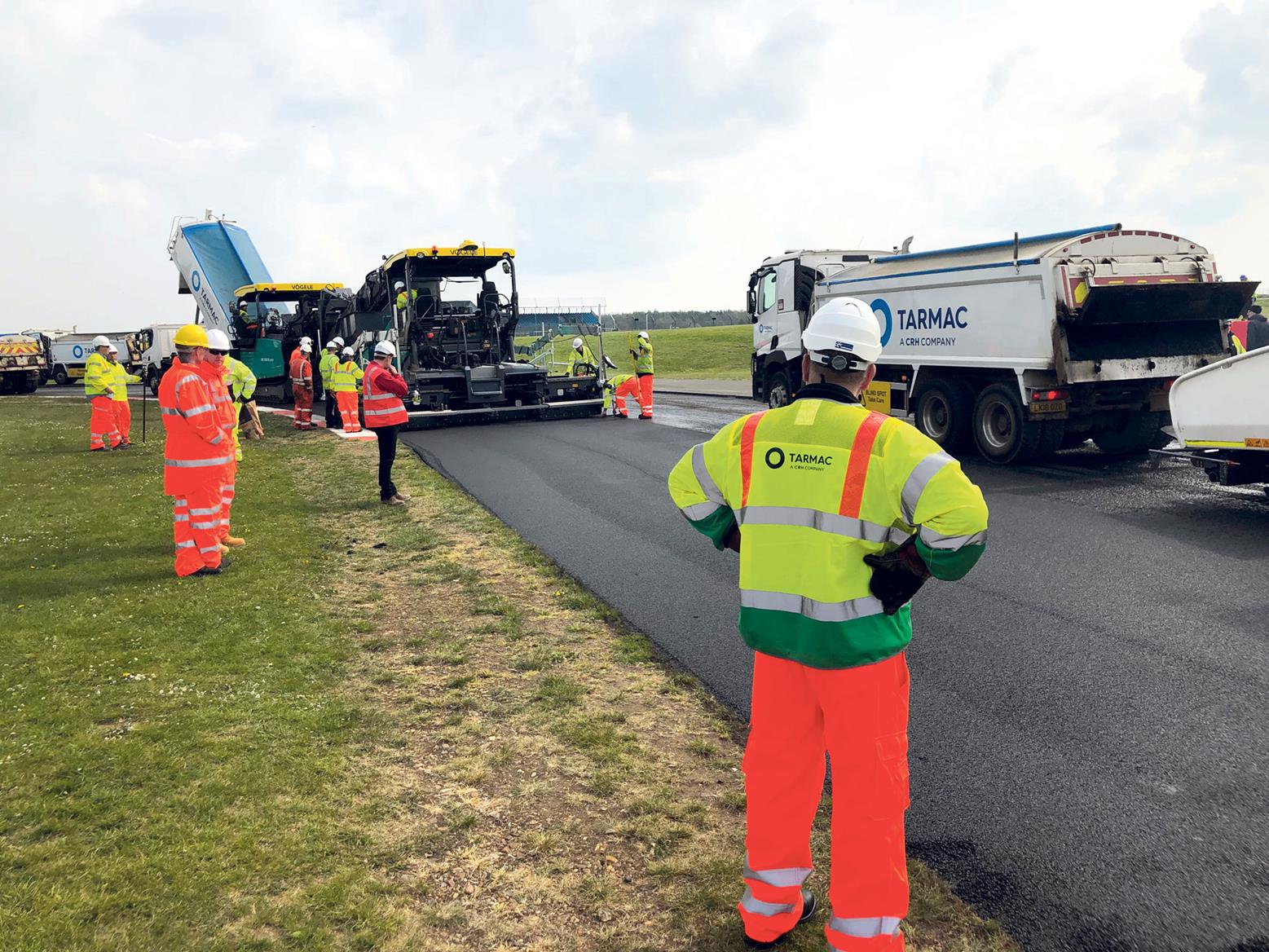 Tarmac has been awarded the contract to resurface Silverstone