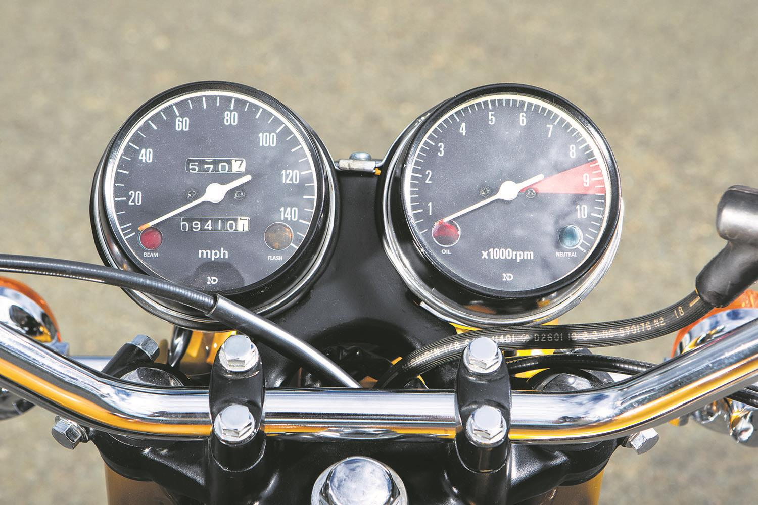 Honda CB750 clocks