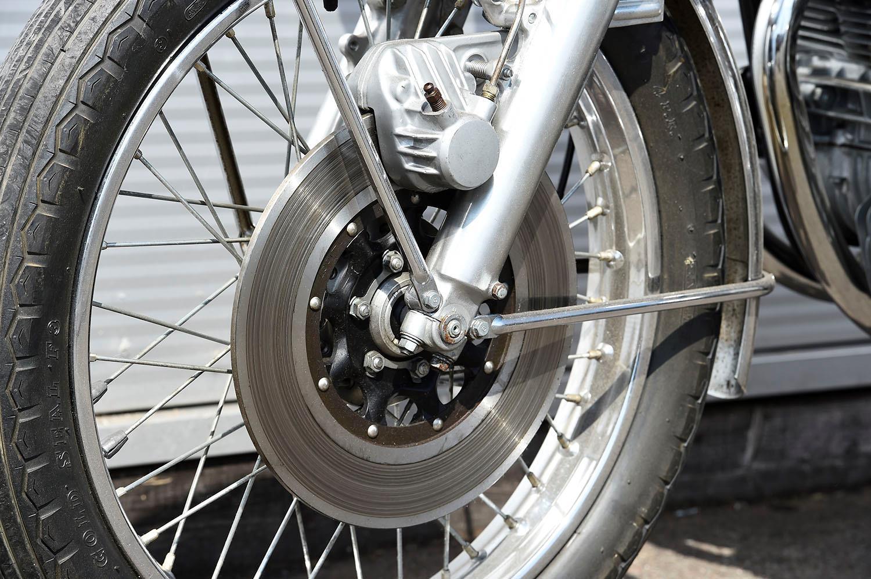Honda CB750 front disc brake