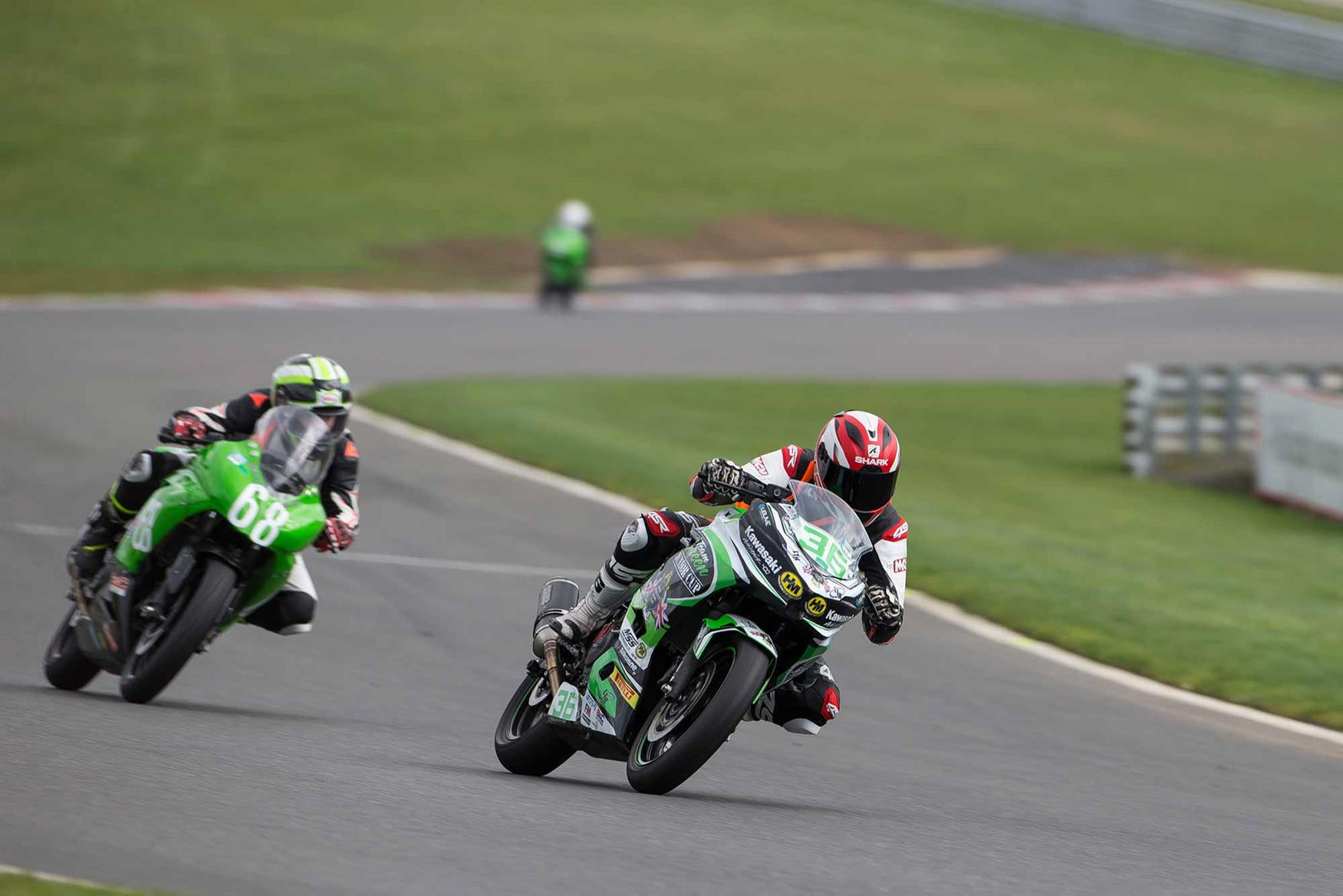 Cornering left on the Kawasaki Ninja 400