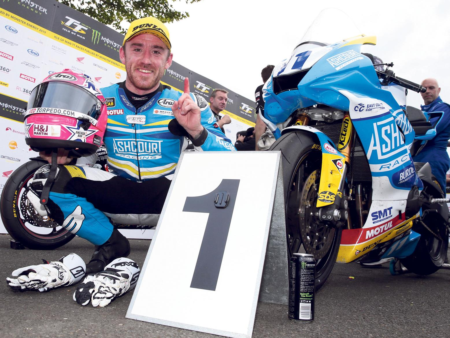 Lee Johnston wins 2019 IoM TT Supersport race