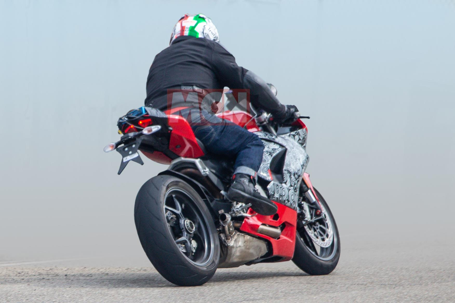 Ducati Panigale 959 spy shot rear