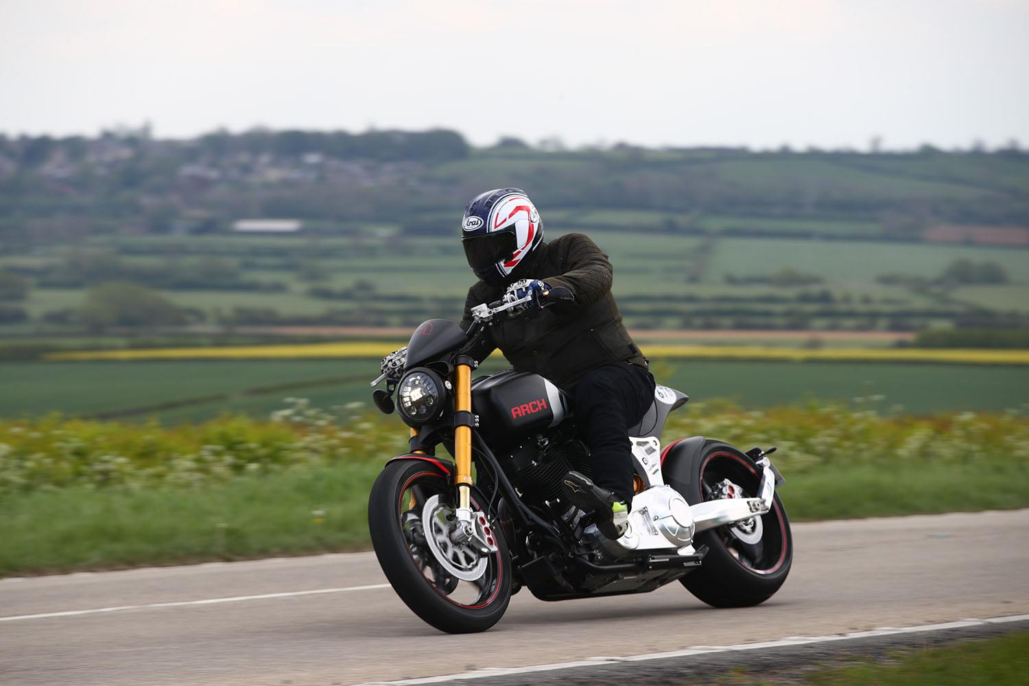 Arch KRGT-1 turning right