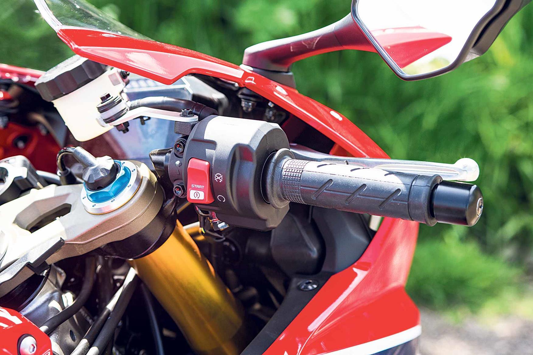 Honda Fireblade SP switchgear