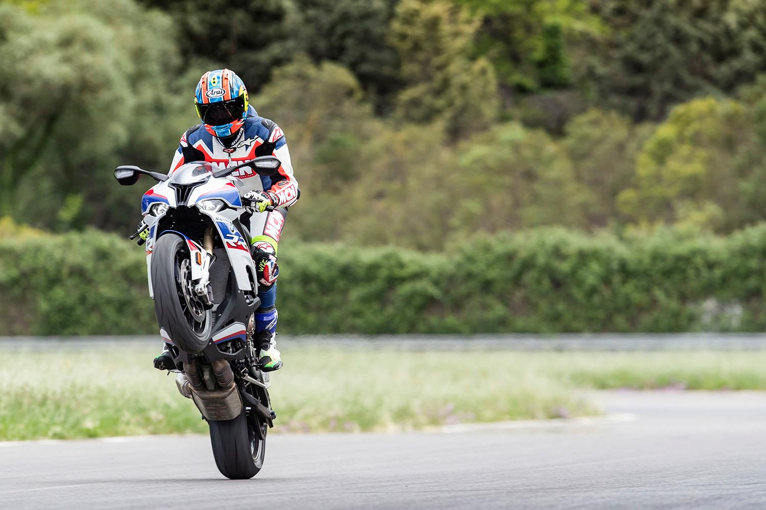 BMW S1000RR wheelie