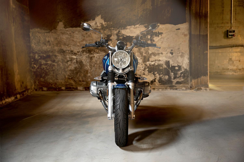BMW R nineT /5 front