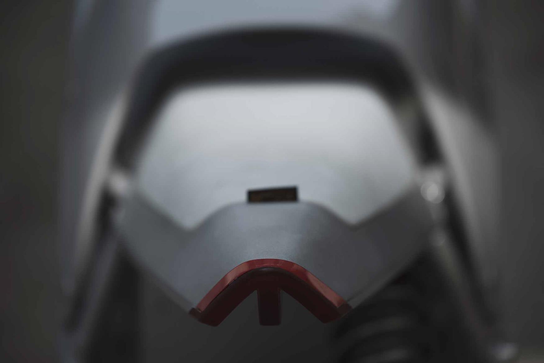 Zero XP rear LED light. Credit: Ludovic Robert.