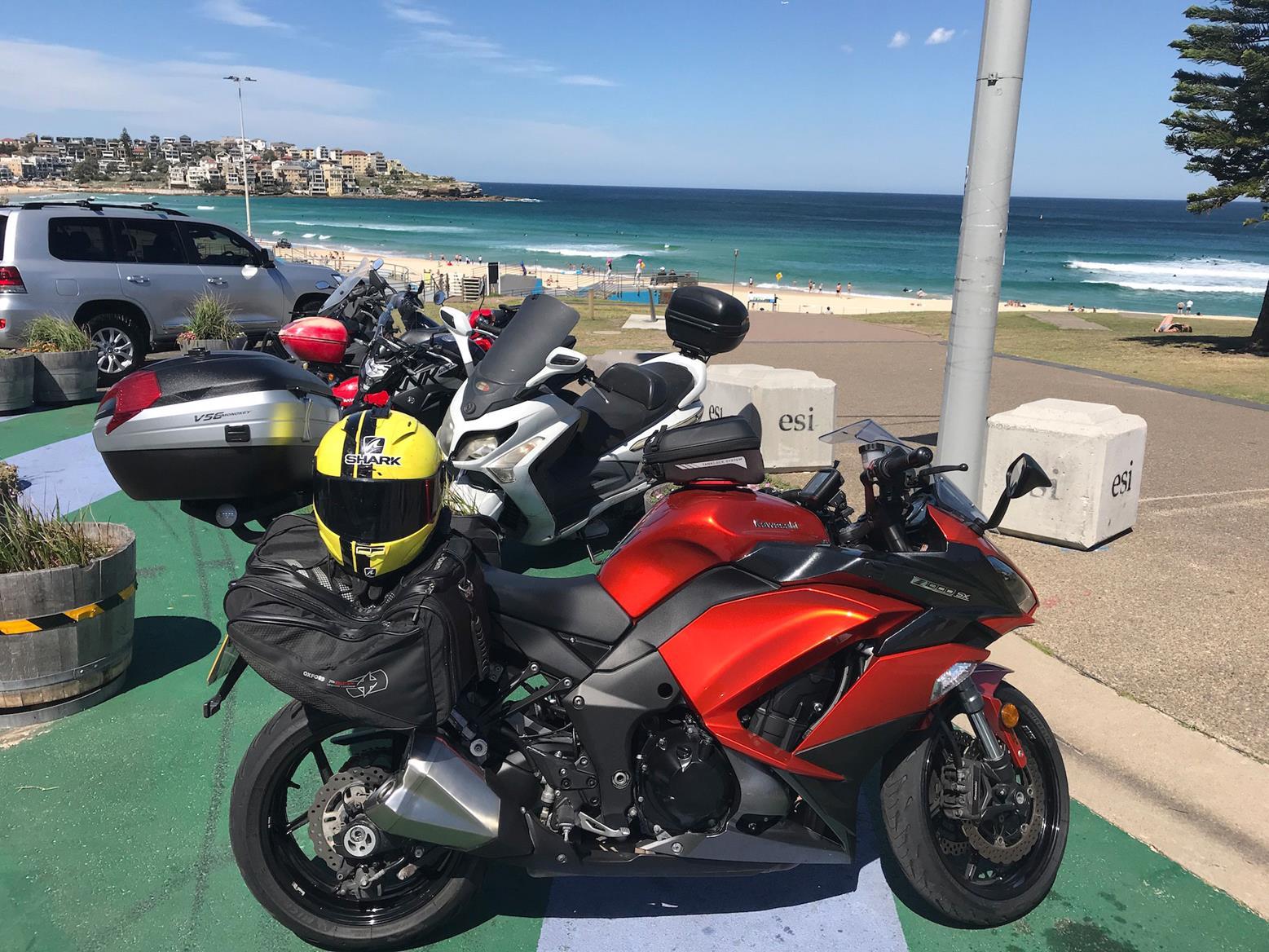 Simon's Kawasaki Z1000SX at Bondi Beach