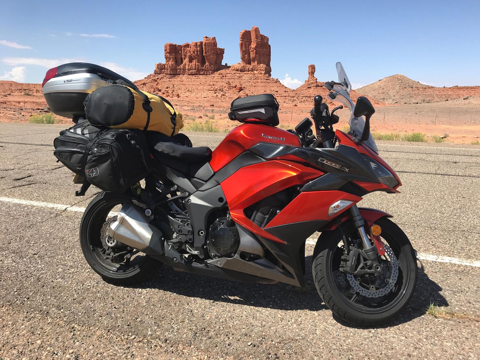 The Kawasaki Z1000SX in front of some striking desert rock formations