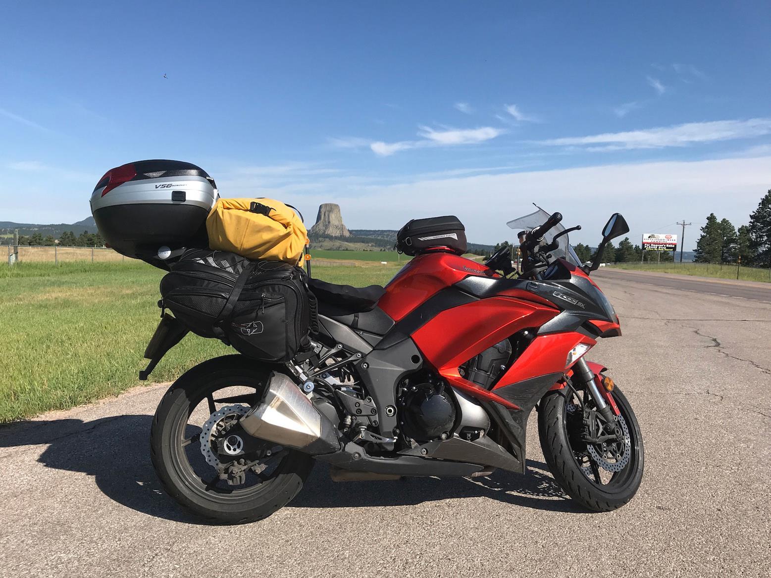 Simon's Kawasaki Z1000SX at Devil's Tower