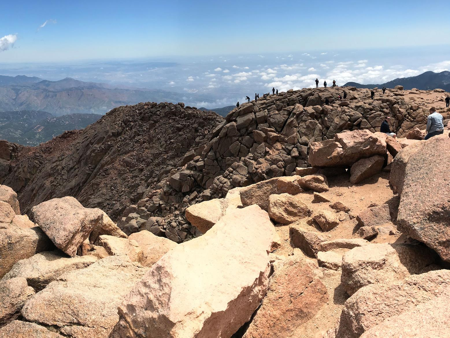 The spectacular view from Pikes Peak