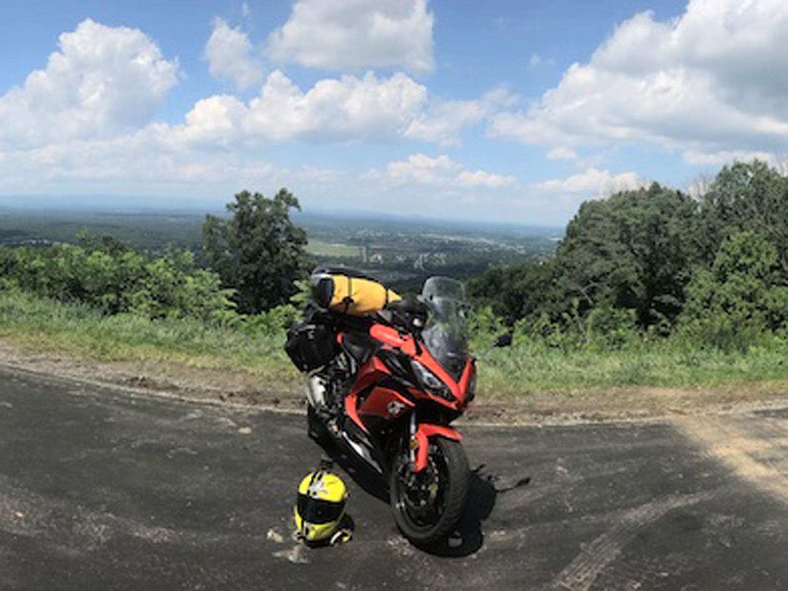 The Kawasaki Z1000SX encountered some serious views on its first section of USA road trip