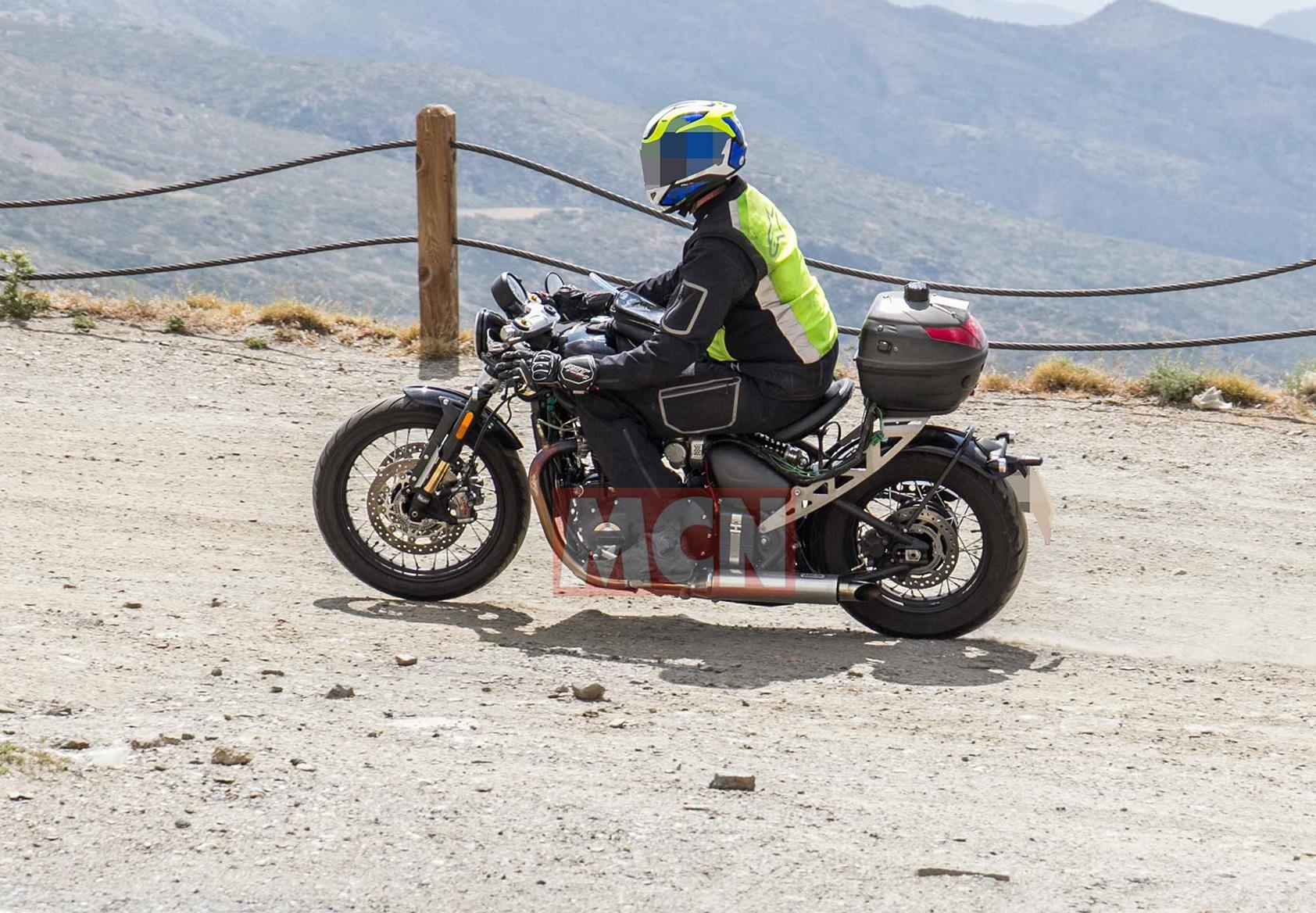A left turn on the Triumph Bobber spied in testing