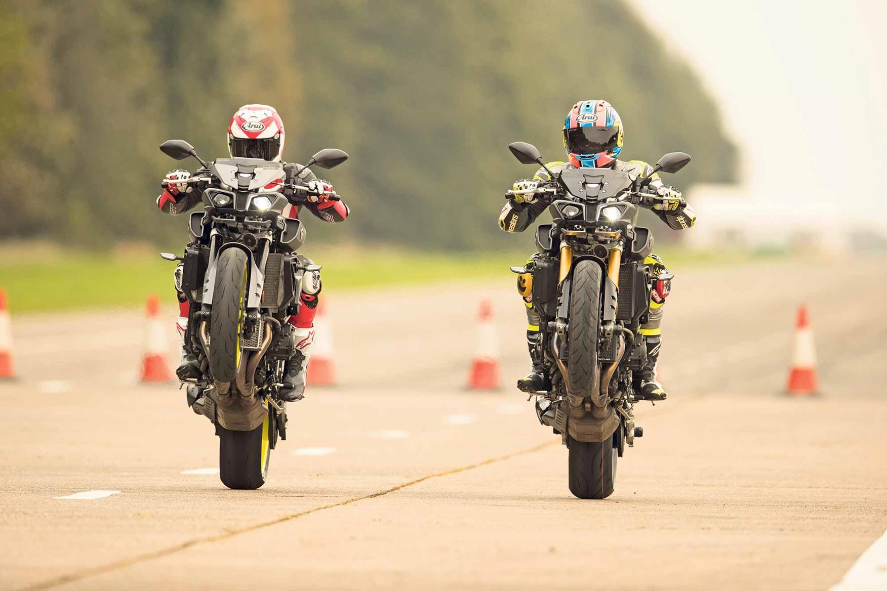Popping a wheelie on the Yamaha MT-10 and MT 10 SP