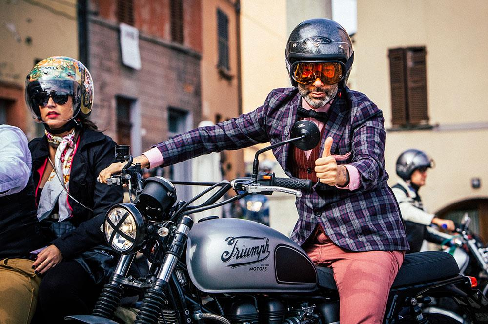 Distinguished Gentleman's Ride 2016 thumbs up
