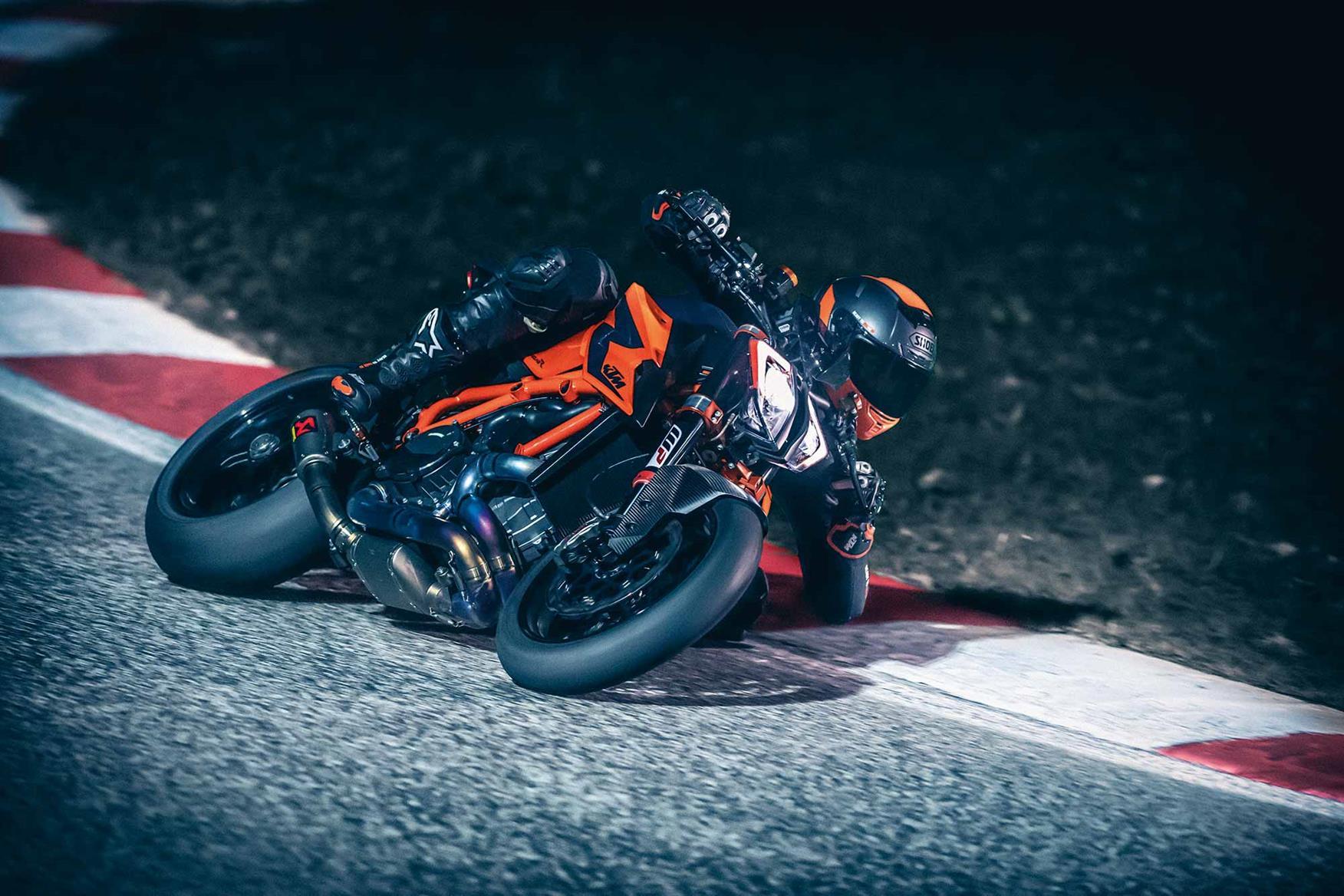 KTM 1290 Super Duke R on track