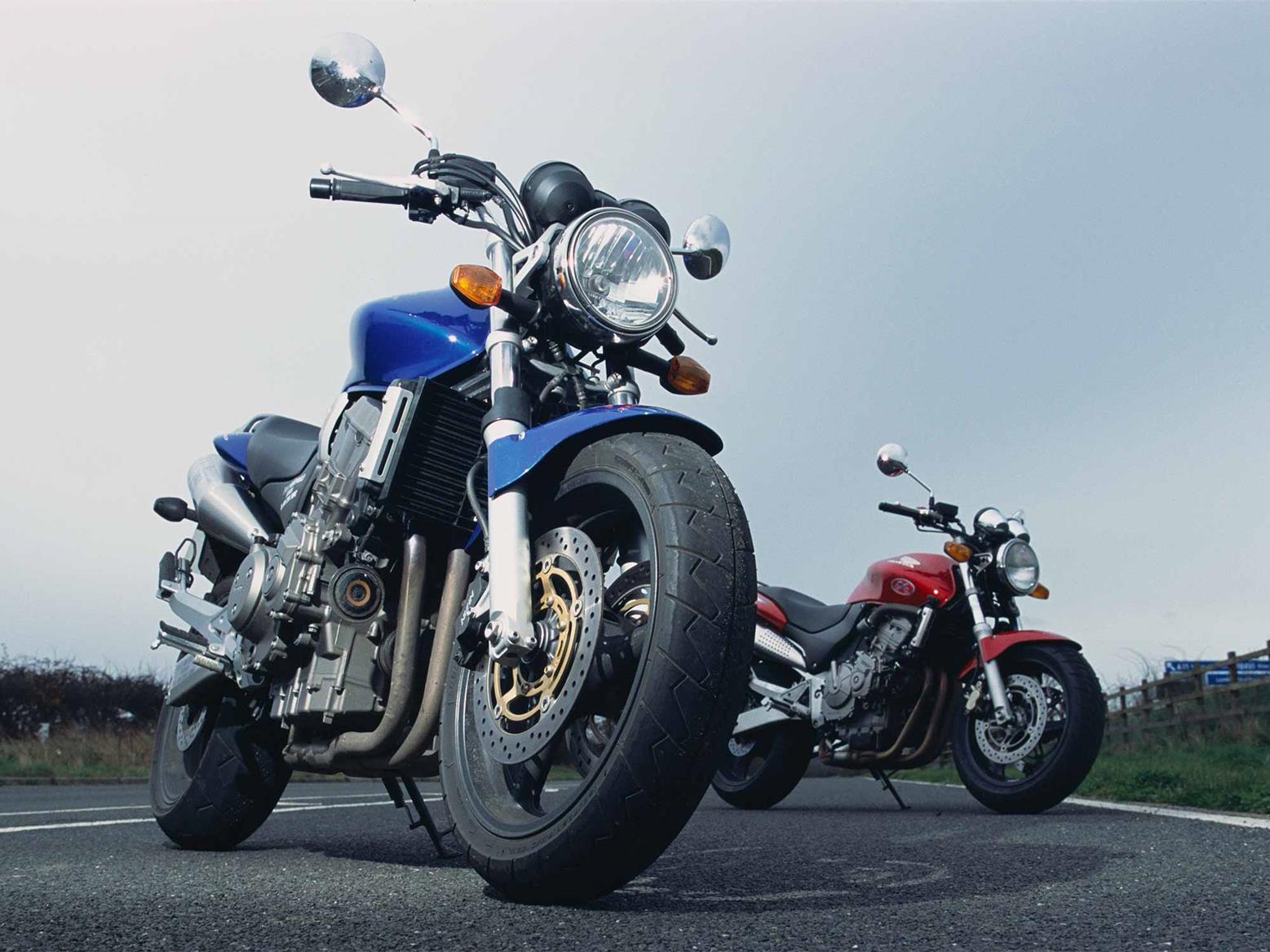 The Honda CB600F and CB900F Hornets