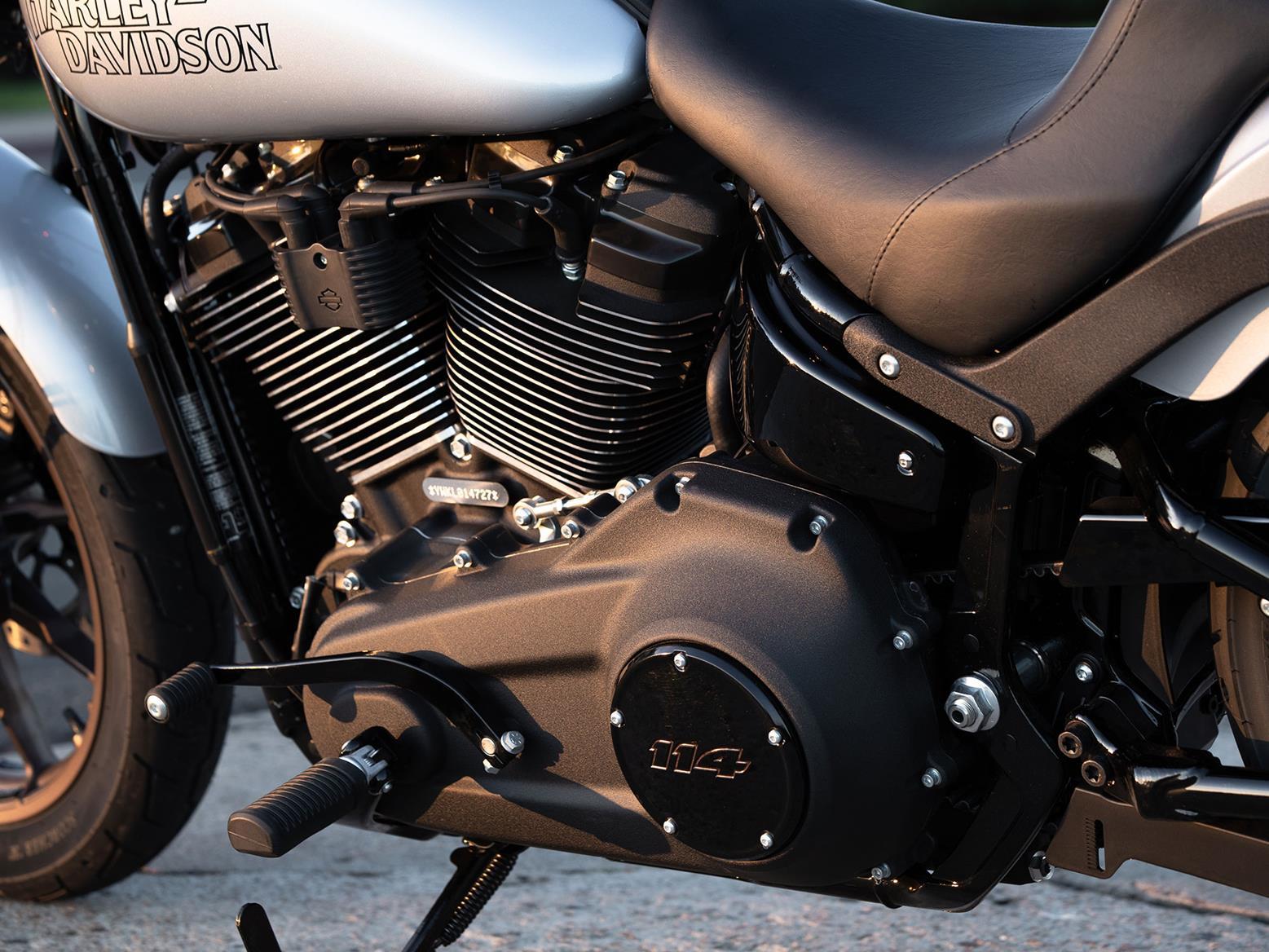 Harley-Davidson Lowrider S left peg