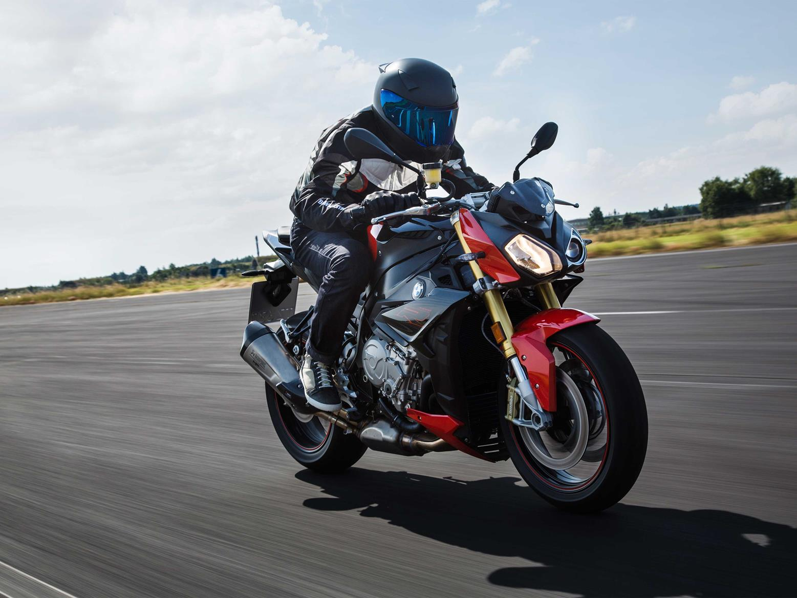 The BMW S1000R is a beast of a bike