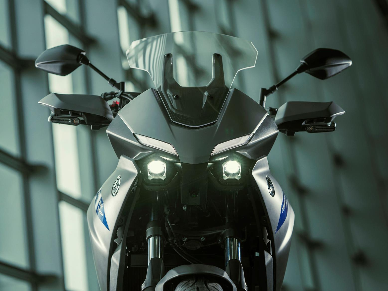 Yamaha Tracer 700 headlights