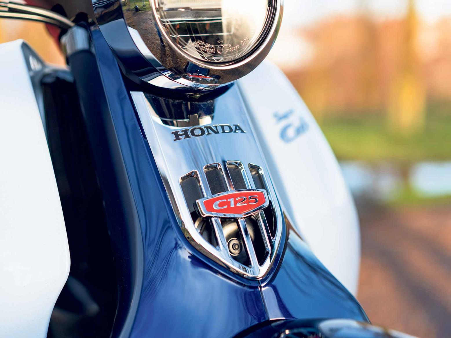 Honda SuperCub C125 badge