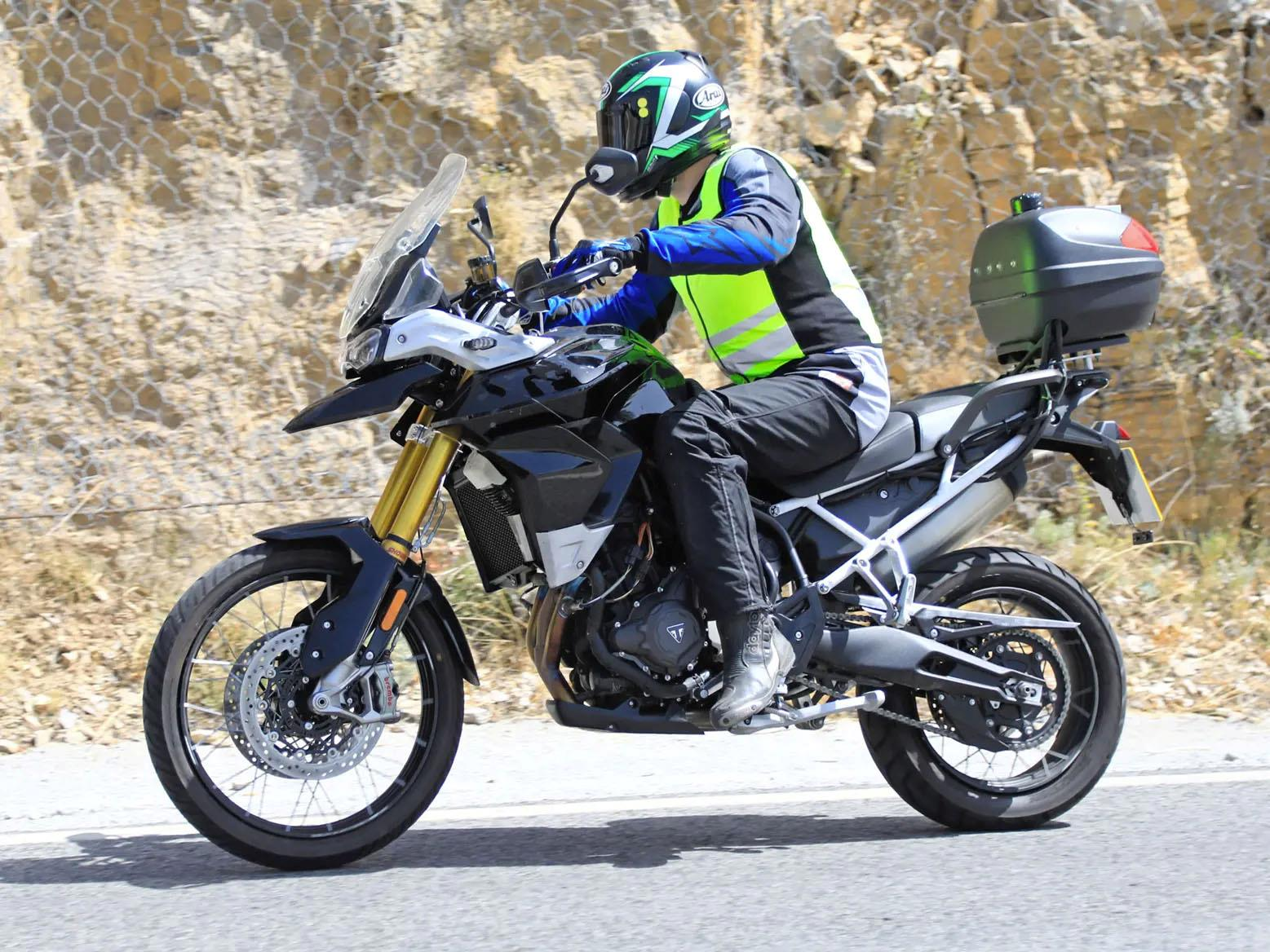 Triumph Tiger 900 spy shots
