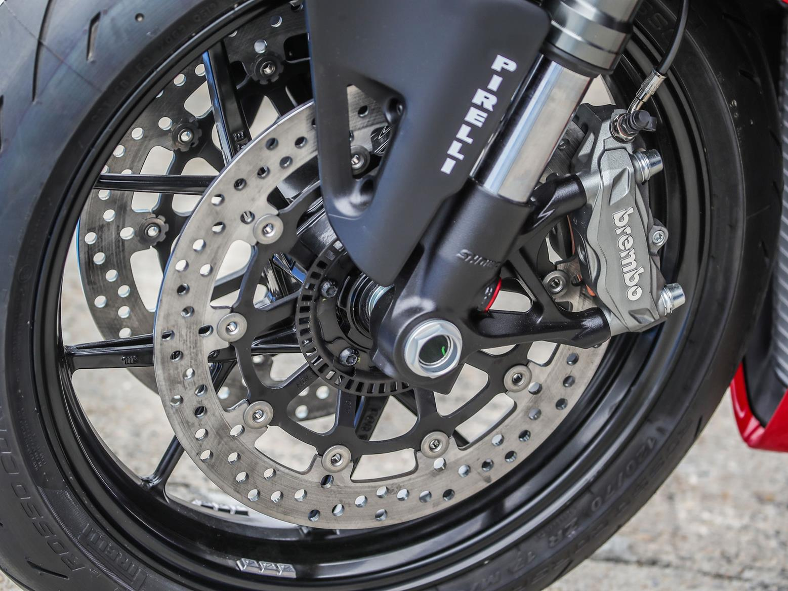 Ducati Panigale V2 front wheel and brake