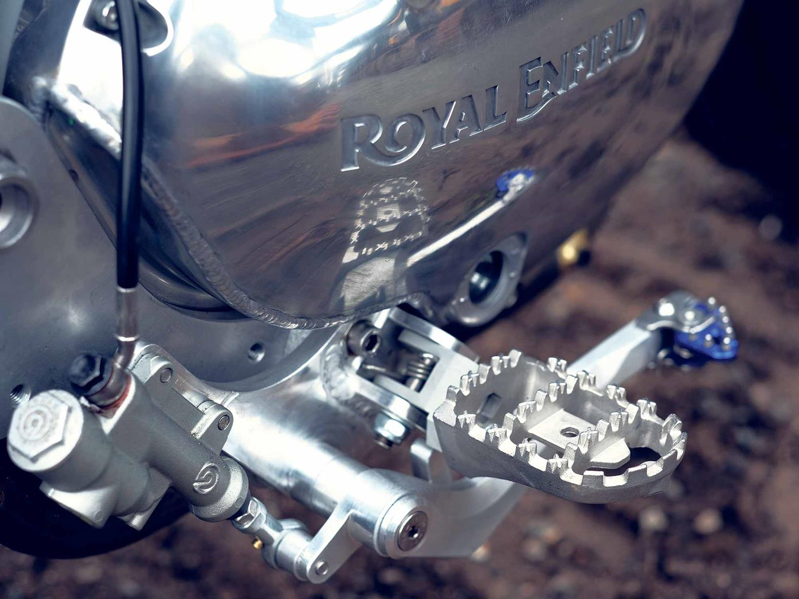 Chunky pegs feature on the Twin Tracker