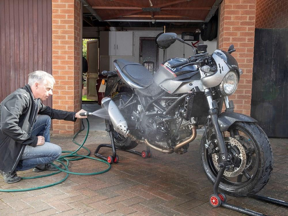Cleaning your motorbike