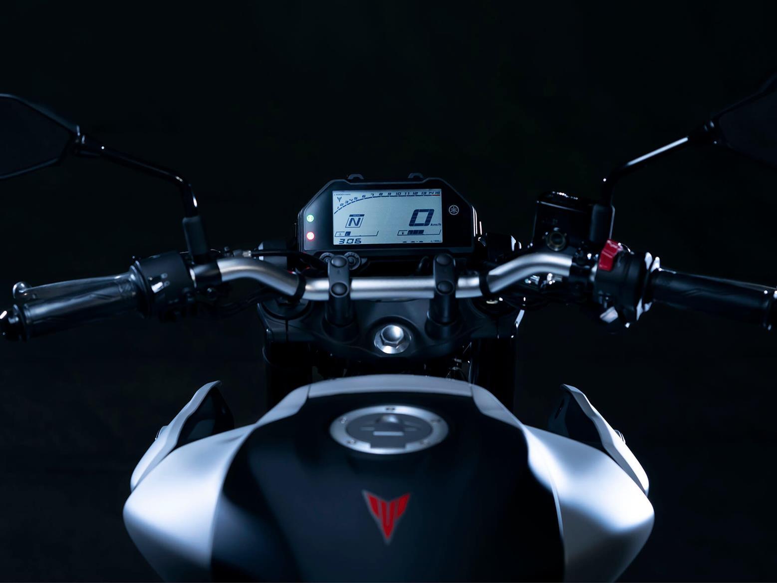 2020 Yamaha MT-03 dash