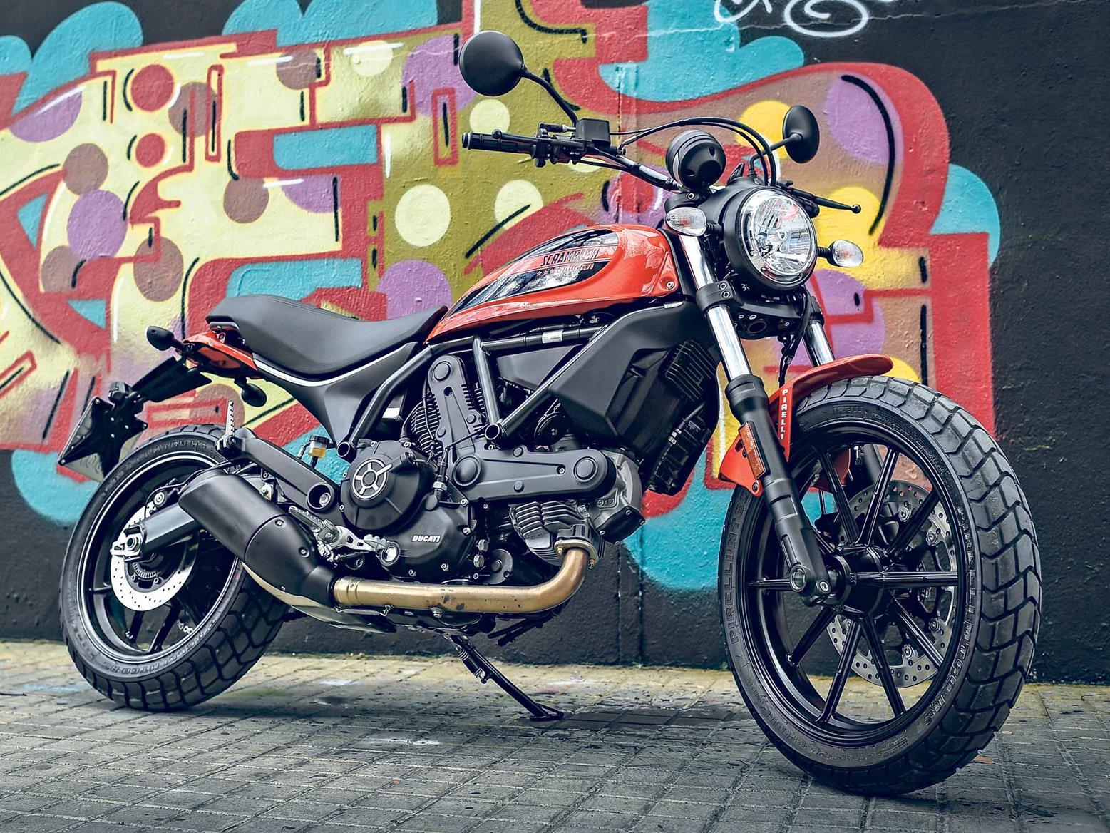Ducati Scrambler Sixty2 side view