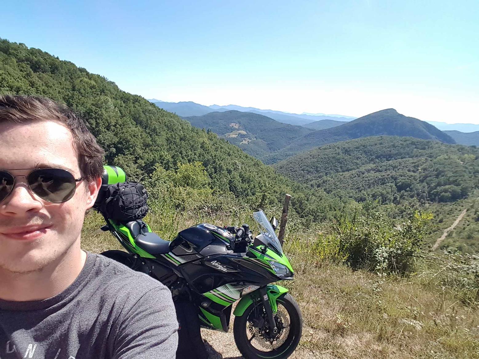 James Read bags a selfie with his Kawasaki Ninja 650