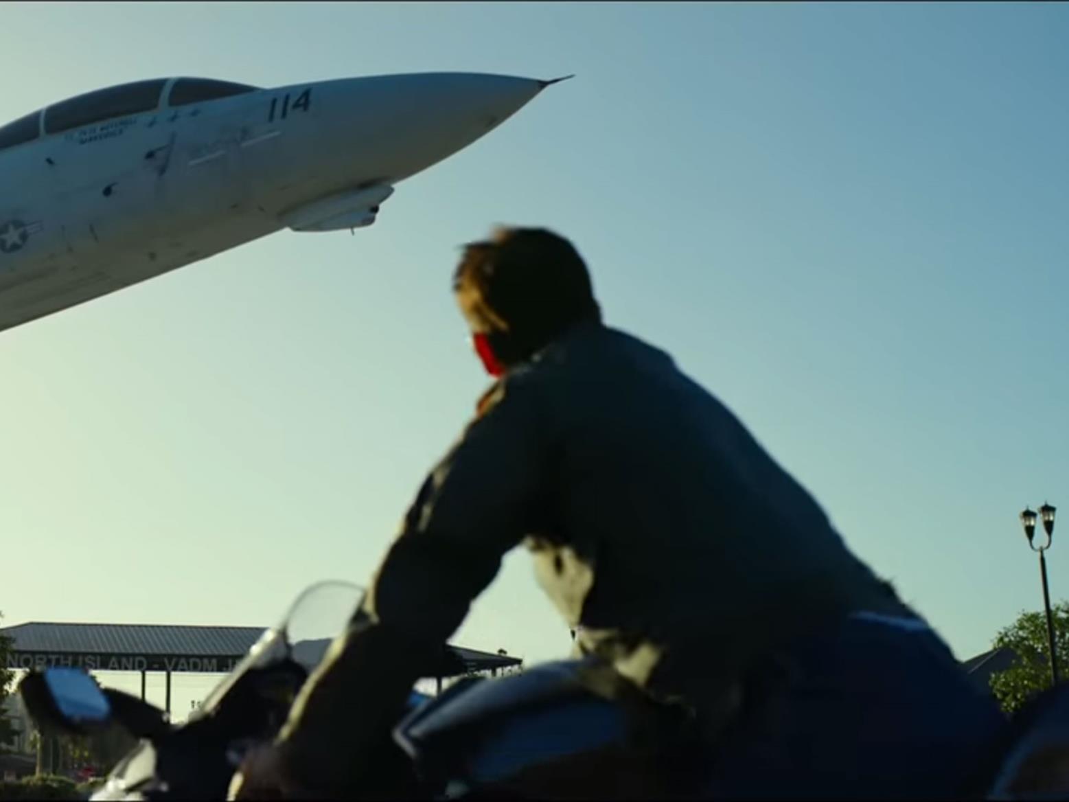 Tom Cruise on a Kawasaki H2