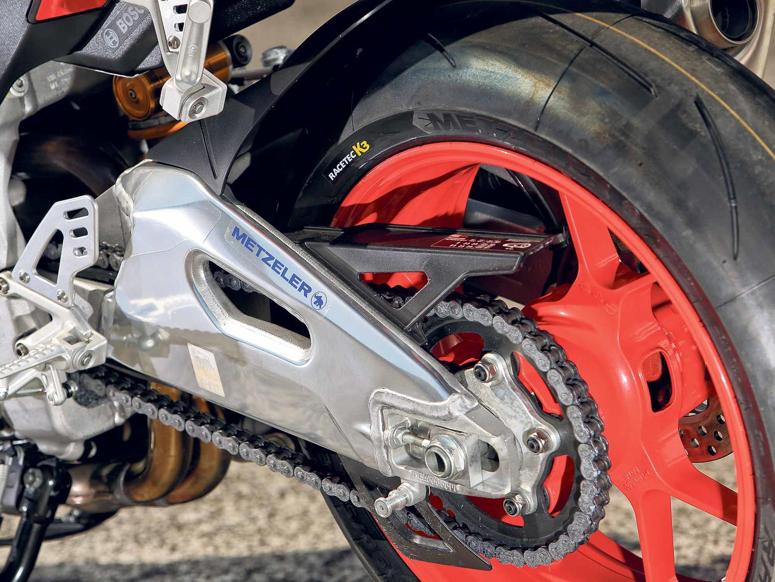 Aprilia Tuono V4 1100 Factory swing arm