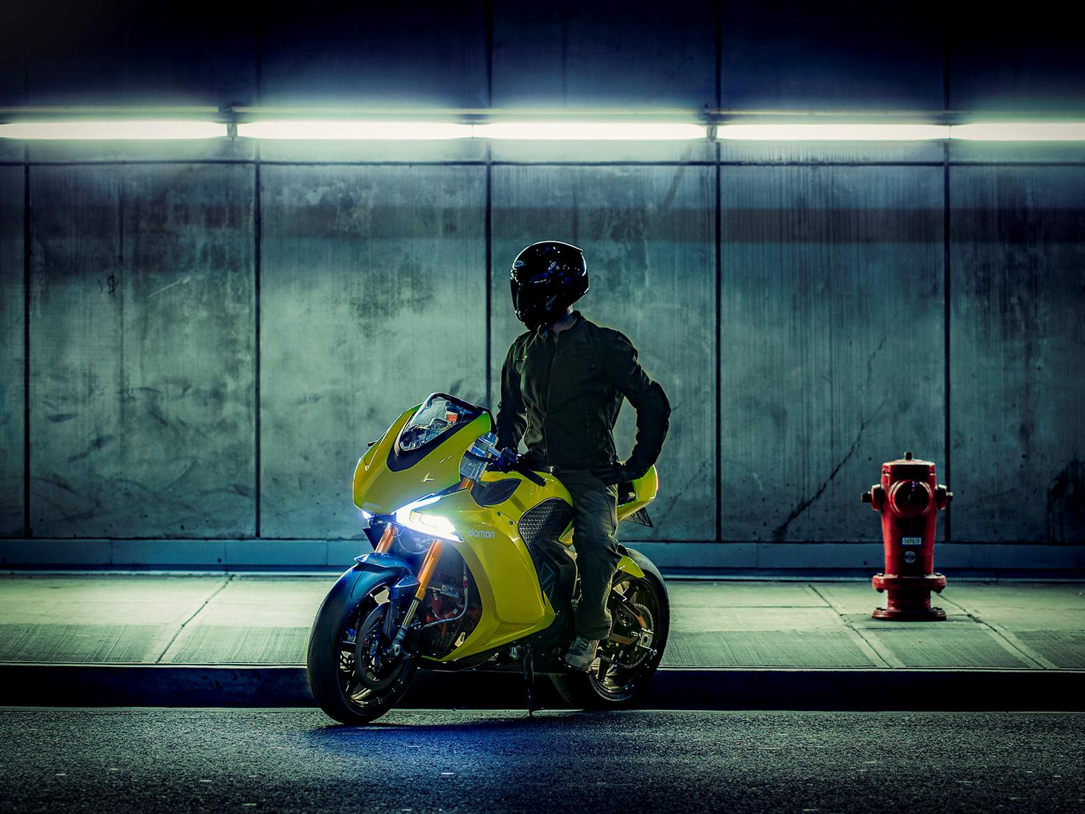 Damon Hypersport Pro and rider