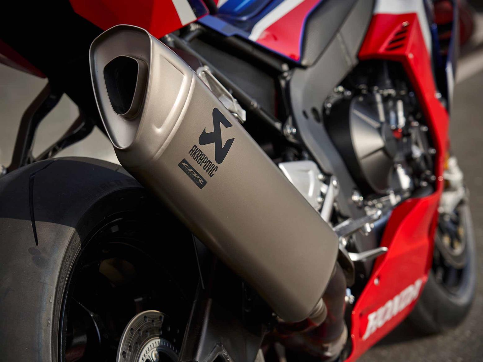 Honda CBR1000RR-R Fireblade SP exhaust