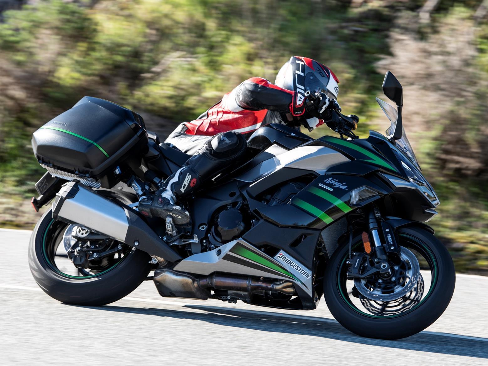 Kawasaki Ninja 1000SX right side