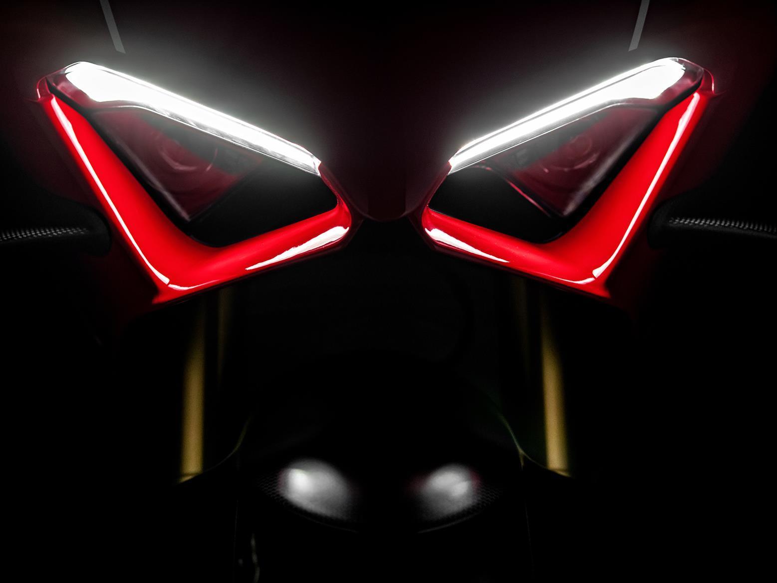 Ducati Panigale V4 R headlight
