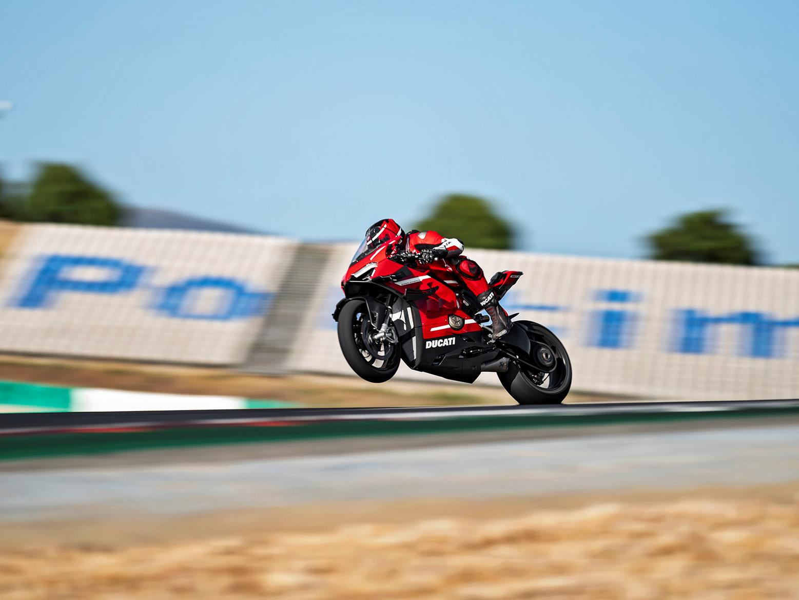 Ducati Superleggera V4 wheelie