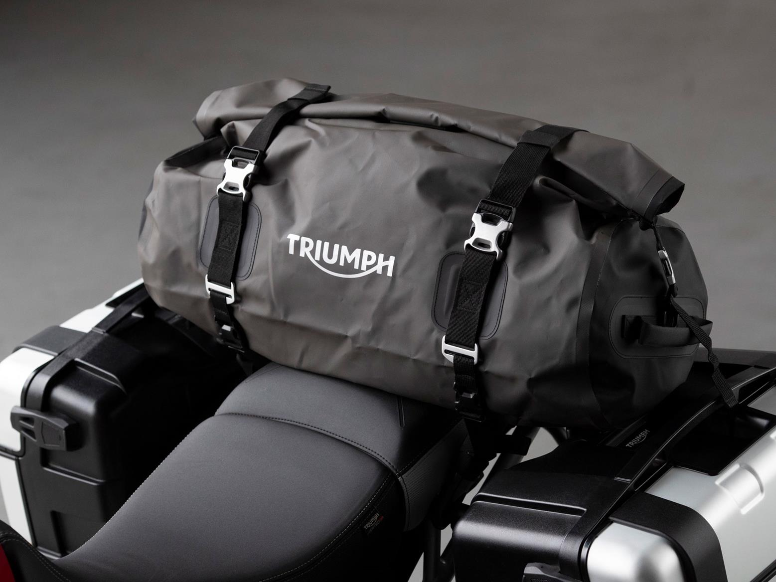 Triumph Tiger 900 GT Pro paniers and top bag