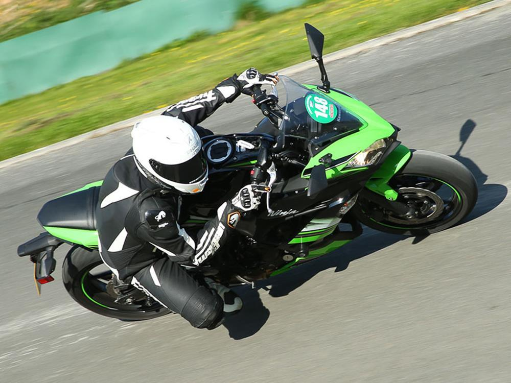 Kawasaki Ninja 650 long-term test image four