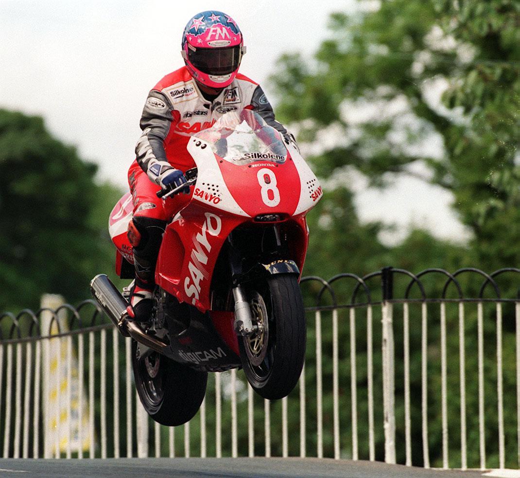 Jim Moodie in 1998 Production TT race
